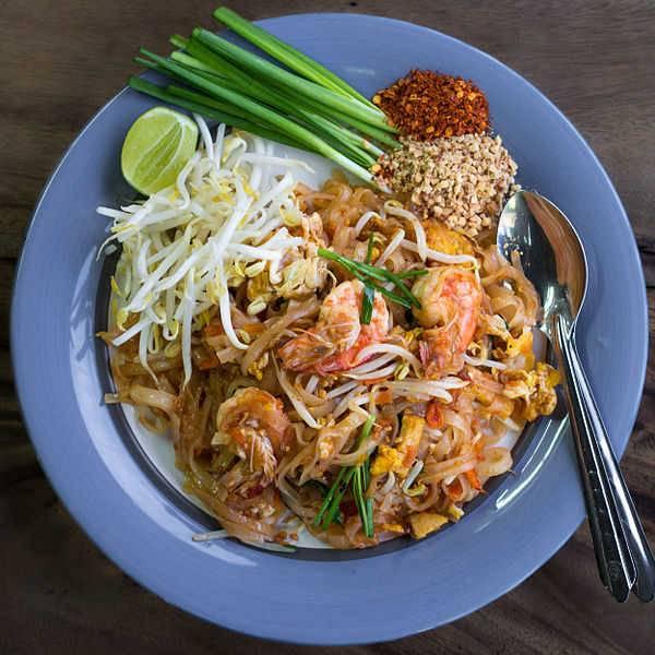Pad tha la recette des nouilles saut es tha landaise - Cuisine thailandaise recettes faciles ...