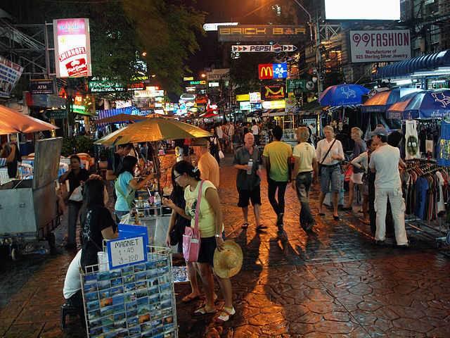 Khao San Road le quartier routard de Bangkok