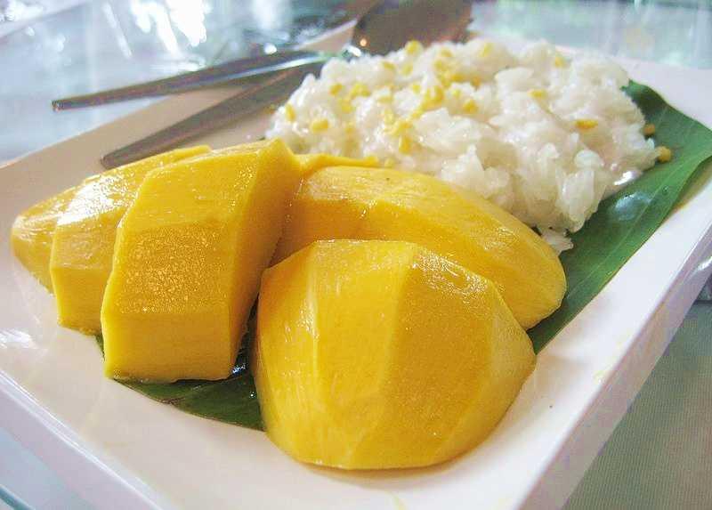 Riz gluant la mangue et au lait de coco khao niao ma mouang - Riz lait de coco ...